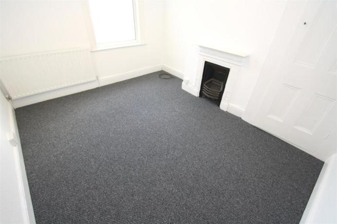 Top Flat - Bedroom 3.JPG