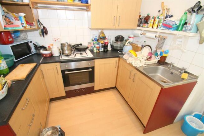 Bottom Flat - Kitchen.JPG
