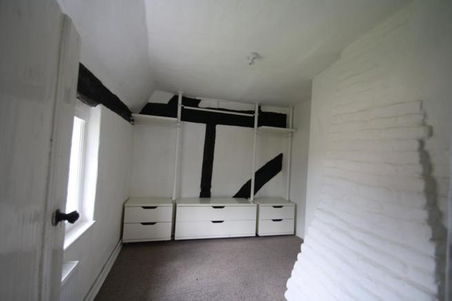 https://login.vebraalto.com/#Bed 1 dressing room.J