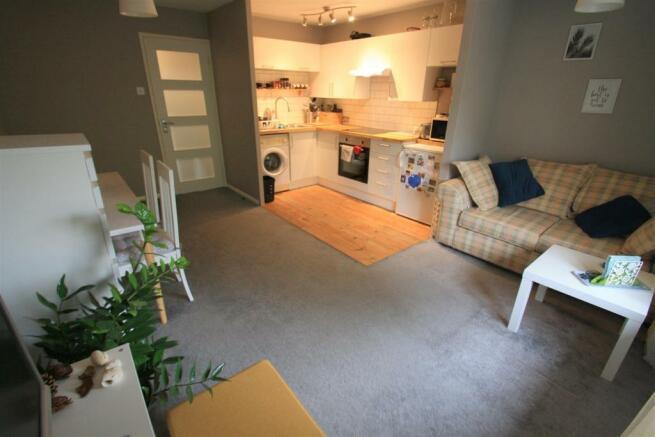 Lounge (8).JPG