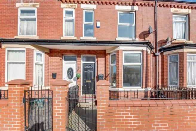 4 Bedroom House To Rent In Liverpool Street Salford M6