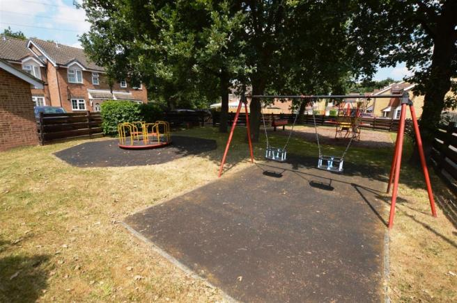 COMMUNAL INFANTS PLAY AREA:
