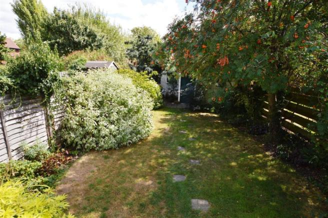 REAR GARDEN: ALTERNATIVE VIEW: