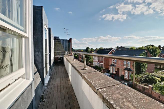 West Facing Roof Terrace