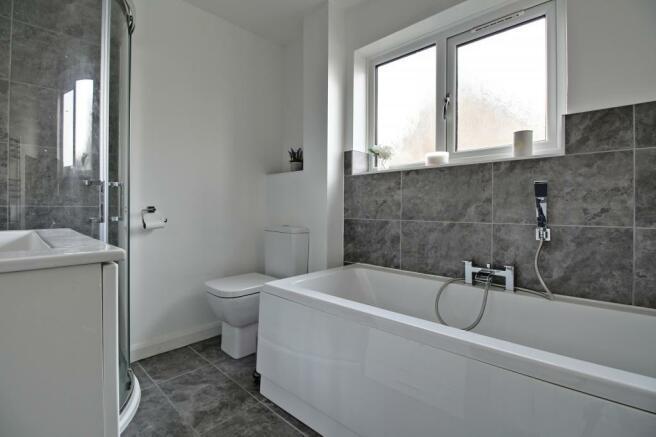 Bathroom (Fa)
