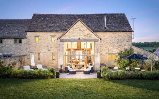 4 Bedroom Barn Conversion For Sale In Kemble Cirencester Gl7