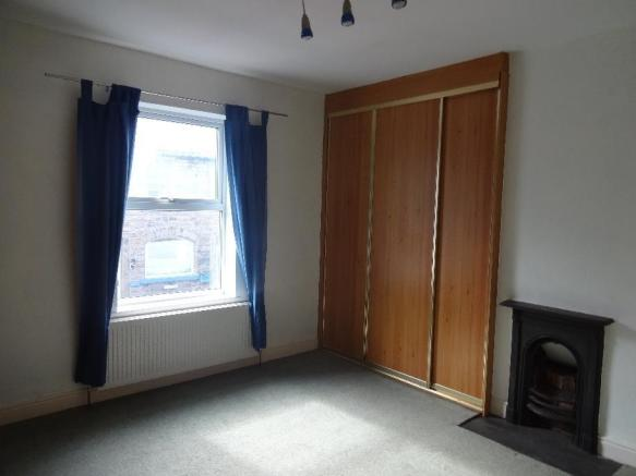 manchester road 264 bedroom 1.jpg