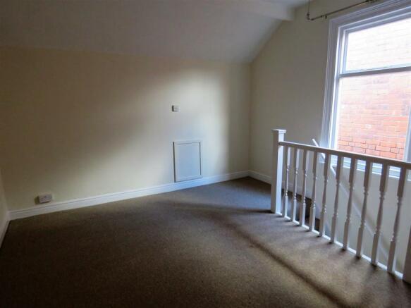 middlewoord rd, 283a attic.jpg