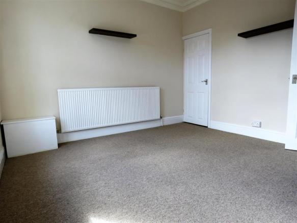 middlewood rd, 283a bed1.jpg