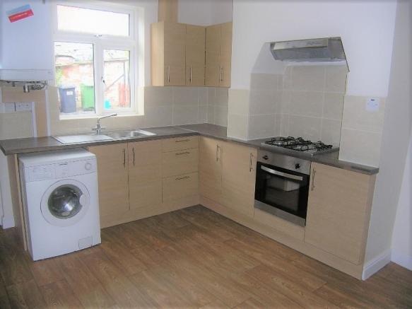 mansfield road 310 fitted kitchen.jpg