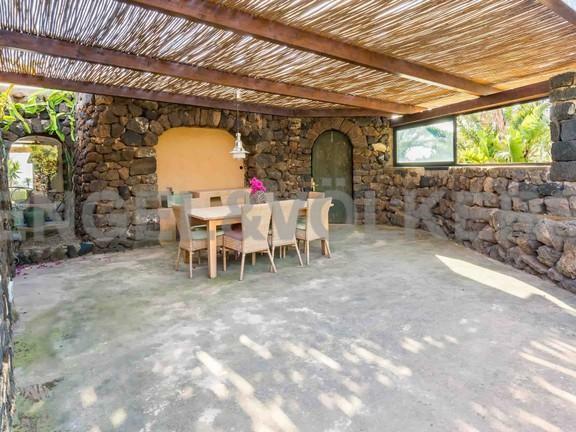 External veranda