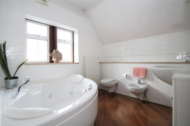 Frist Floor Bathroom