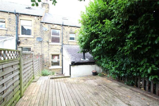 3 Bedroom Terraced House For Sale In Lynndale Avenue