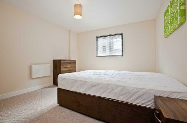 bedroom 1 sm.jpg