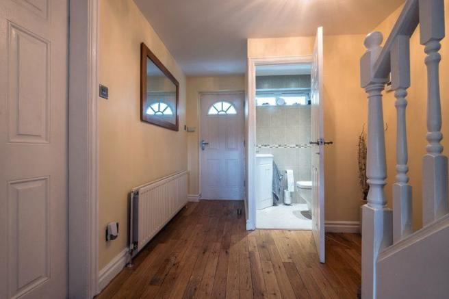 Hallway/WC
