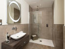 Luxurious en-suite shower room