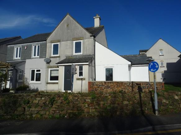 3 Bedroom Semi Detached House For Sale In Pillmere Drive