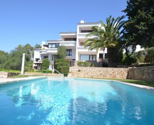duplex with pool