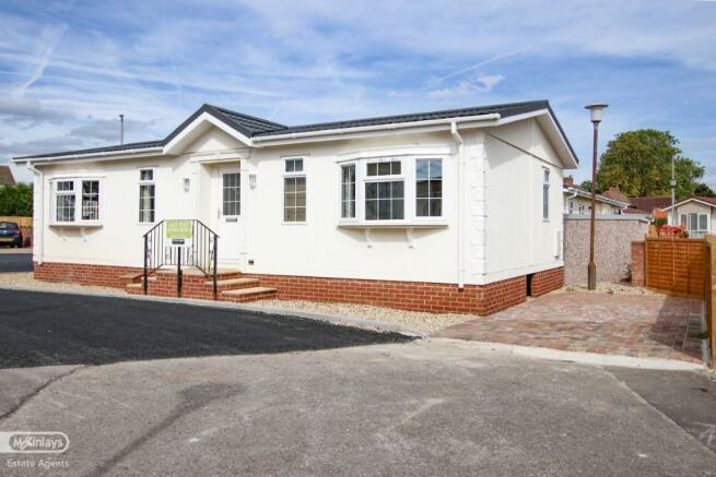 2 bedroom park home for sale in NORTON FITZWARREN, TA2