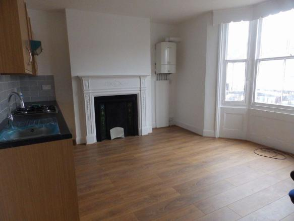 3 bedroom flat to rent in lewes road, brighton, brighton