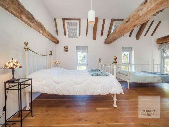 Bedroom 2 Outw...