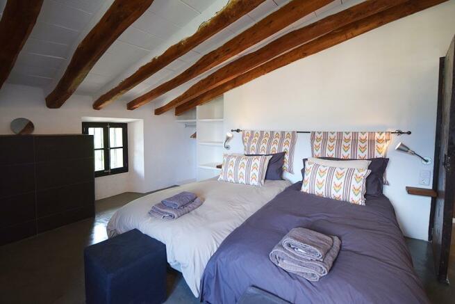 Top floor bed 5