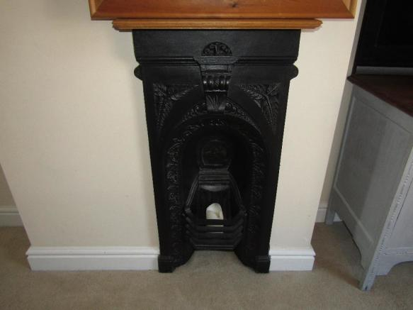 Main bed fireplace