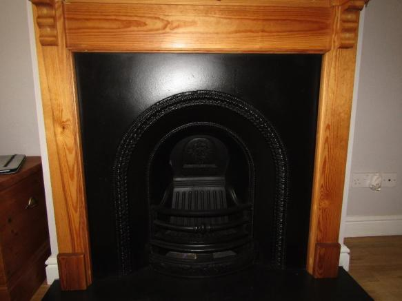 Second bed fireplace