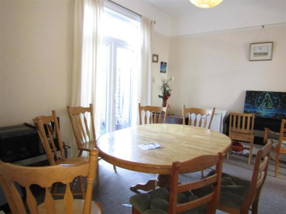 38 Grosvenor rd Dining Room.JPG