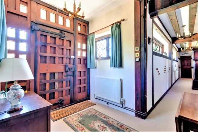 5 bedroom detached house for sale in Second Avenue, Frinton