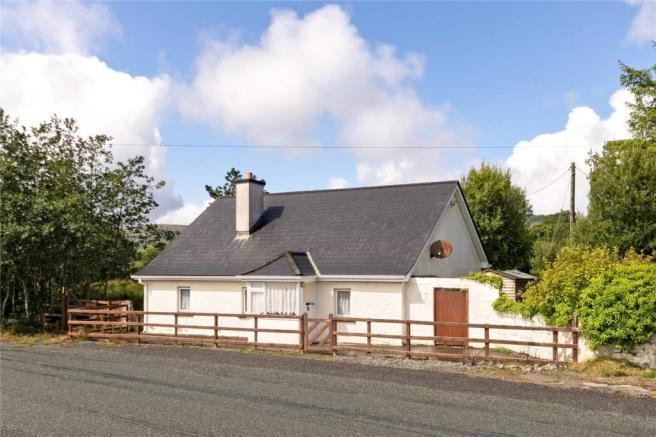 3 Bedroom Detached House For Sale In Tullyvellia