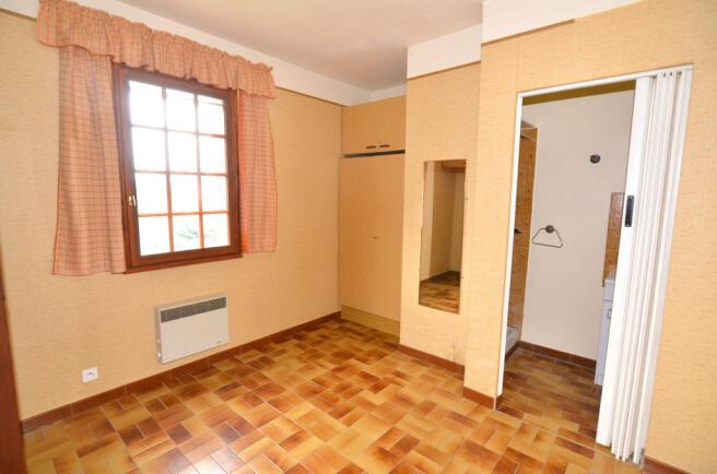 1077BI_apartment.jpg