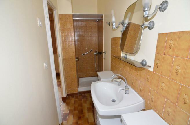 1077BI_apartment1.jp