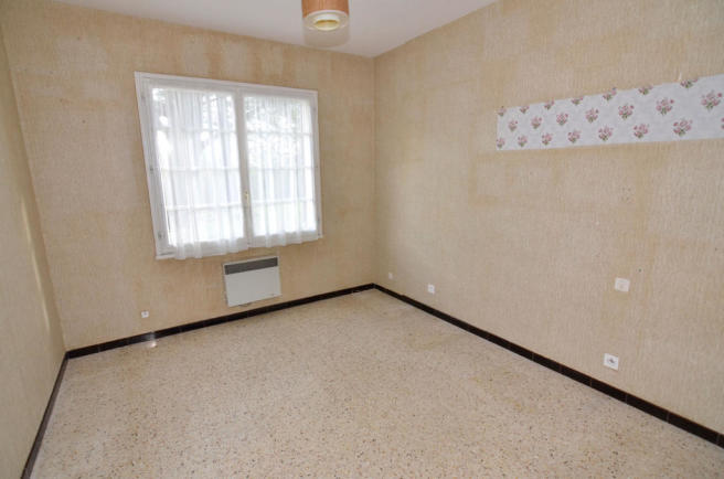 1077BI_bedroom3.jpg