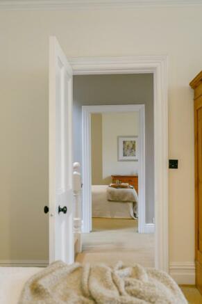8334910-interior26-800.jpg