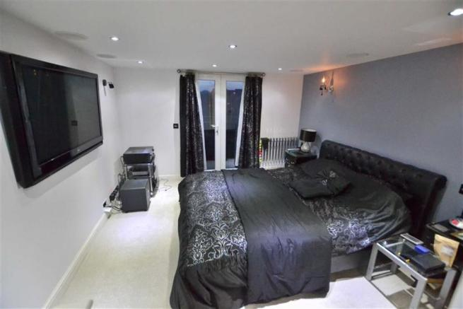 Stunning Master Bedroom and Ensuite