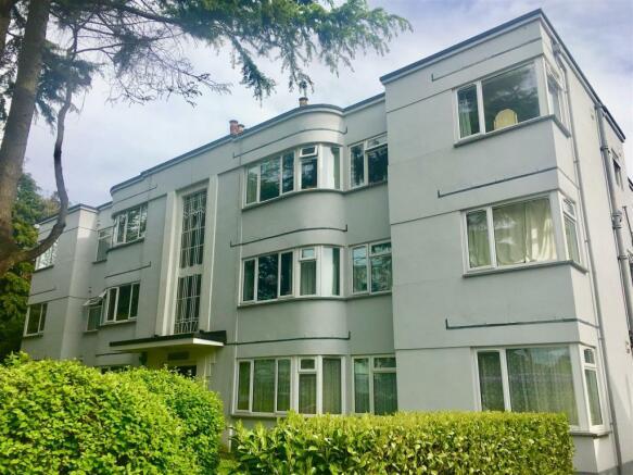 berkerley mansions front shot.jpg
