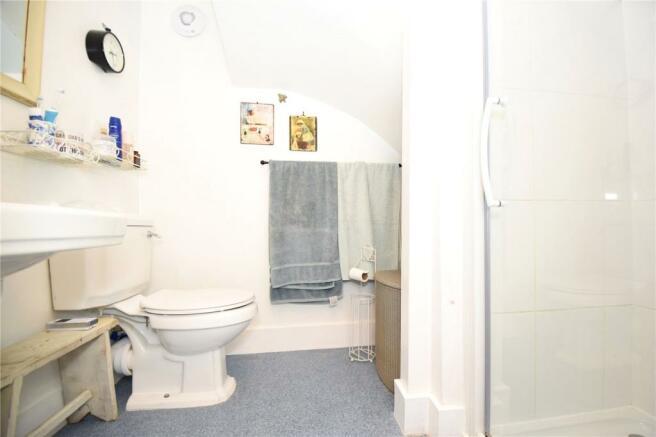 Gflr Shower Room