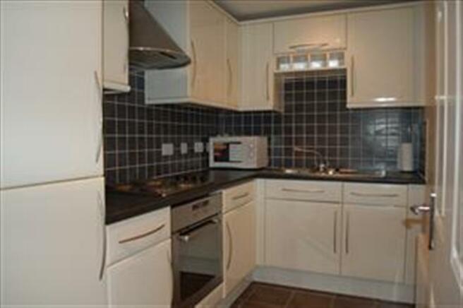 4 brow kitchen