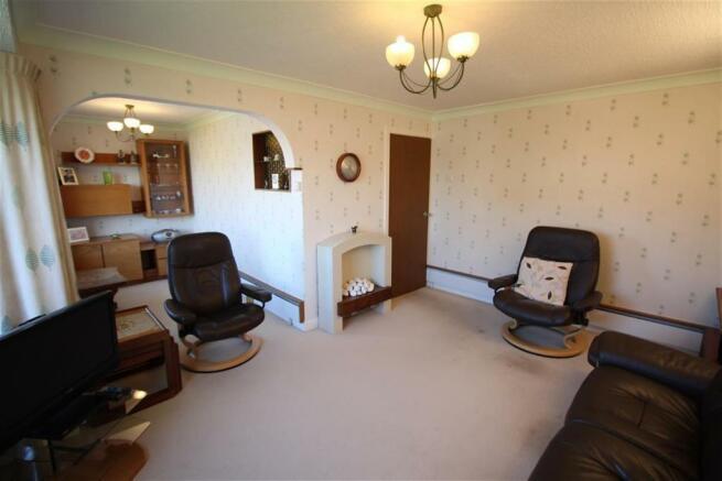 Living Room Side Ang