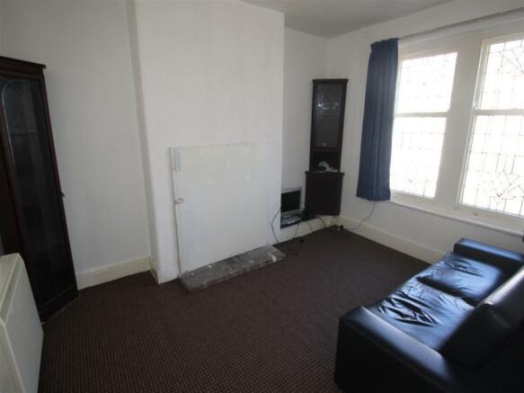 Lounge Upper Flat