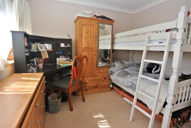 Bed 1 65 Bois Hall.jpg