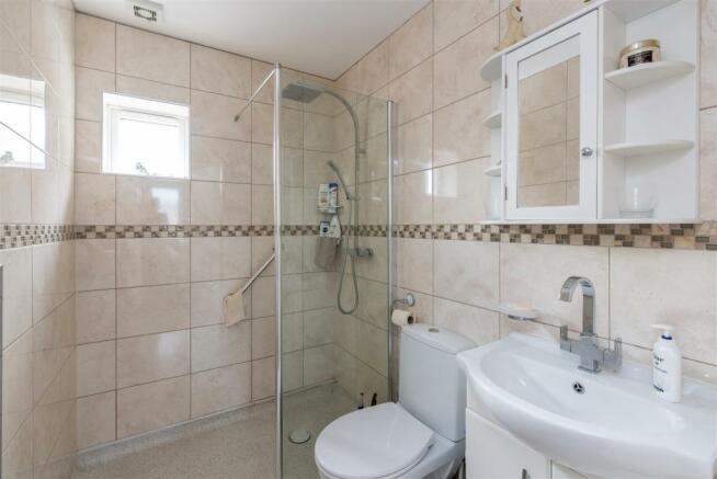 Bungalow wet room