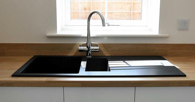 Black sink.JPG