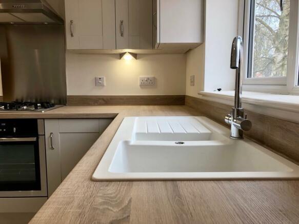 Quartz - Kitchen 2.jpg