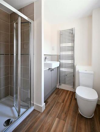 example en-suite