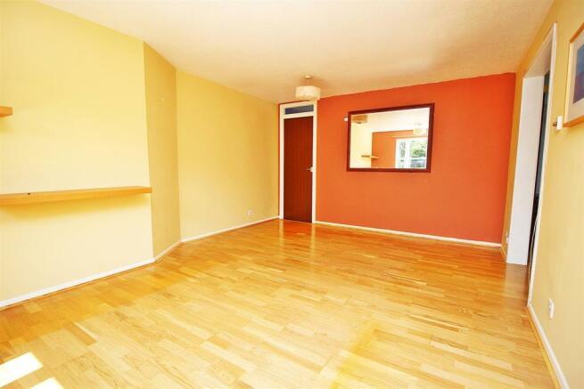 LivingDining Room 1.JPG