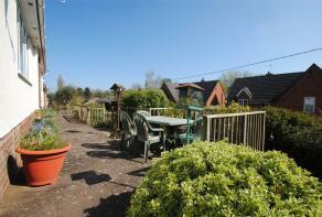 Photo of Rosebank Gardens, Milverton, Taunton, Somerset, TA4