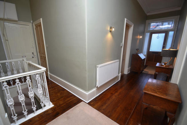 3 Bedroom Flat For Sale In Tantallon Road Shawlands