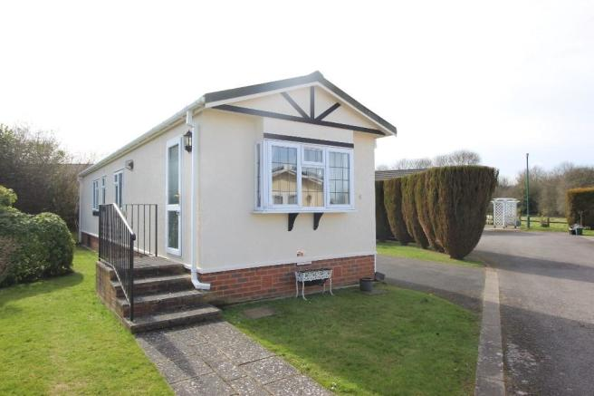 2 bedroom park home for sale in Holly Lodge, Lower Kingswood, Surrey on winchester mobile home, cambridge mobile home, kenilworth mobile home, stonebridge mobile home, reading mobile home, nelson mobile home, fairfield mobile home, brookwood mobile home, mansfield mobile home,